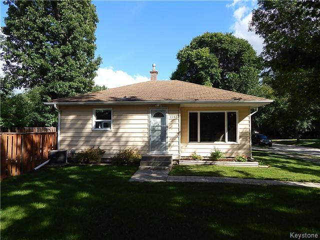 Main Photo: 1393 Kildonan Drive in Winnipeg: Fraser's Grove Residential for sale (3C)  : MLS® # 1622981