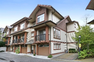 "Main Photo: 3 19479 65 Avenue in Surrey: Clayton Townhouse for sale in ""SUNSET GROVE"" (Cloverdale)  : MLS(r) # R2110995"