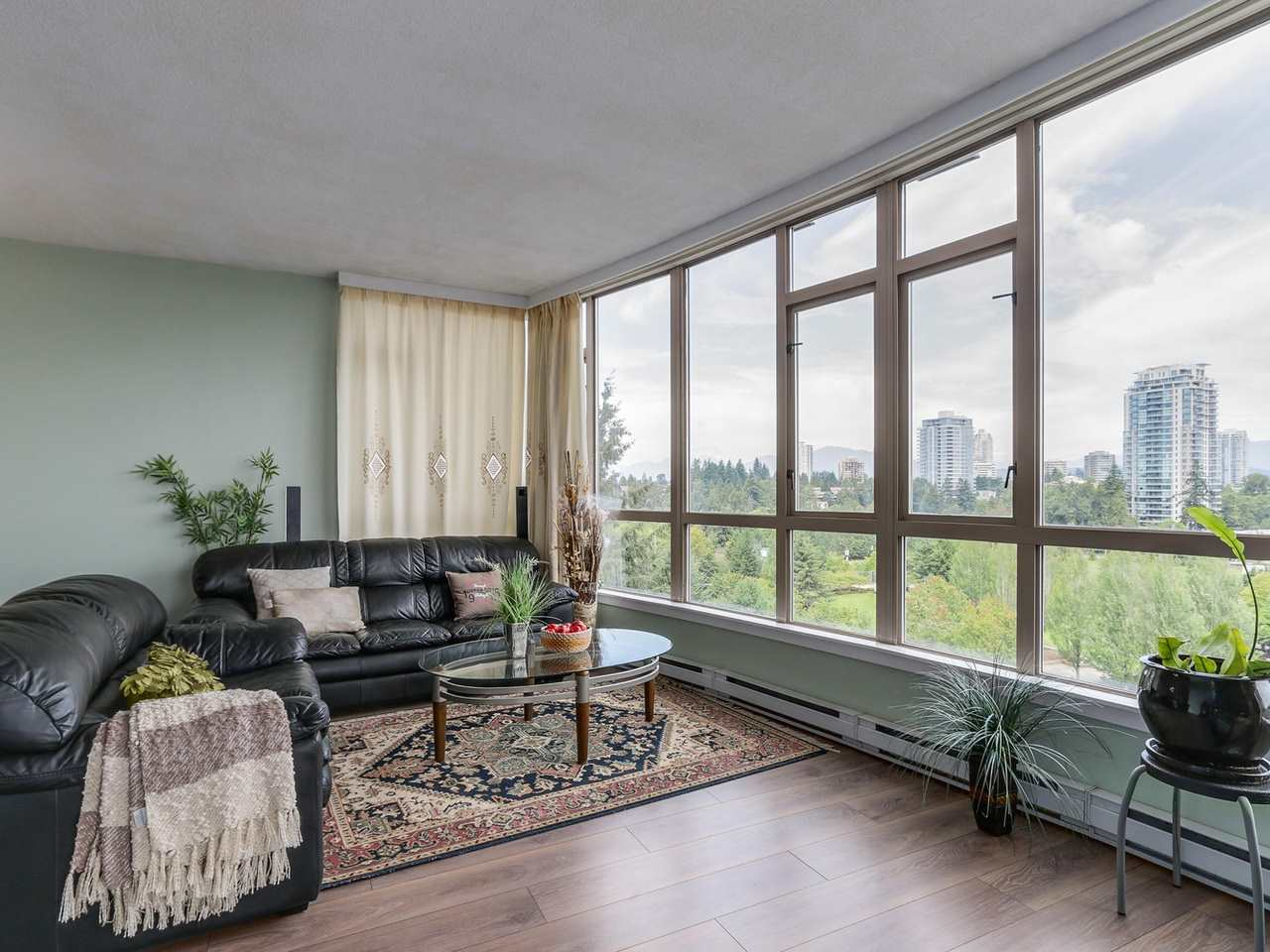 Photo 7: 1005 6888 STATION HILL Drive in Burnaby: South Slope Condo for sale (Burnaby South)  : MLS® # R2125491