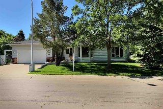 Main Photo: 103 HEALY Road in Edmonton: Zone 14 House for sale : MLS(r) # E4062702