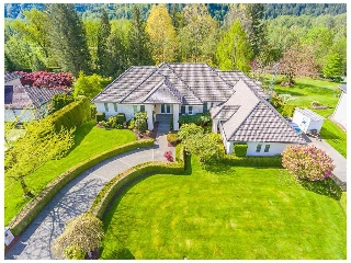"Main Photo: 4350 ESTATE Drive in Sardis - Chwk River Valley: Chilliwack River Valley House for sale in ""Williamsburg"" (Sardis)  : MLS(r) # R2164459"
