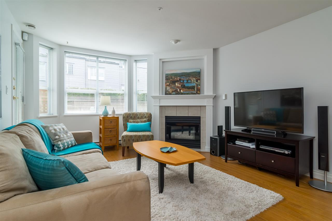 Photo 6: 103 1575 BEST STREET in Surrey: White Rock Condo for sale (South Surrey White Rock)  : MLS® # R2159081
