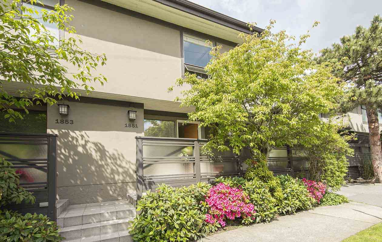 Main Photo: 1851 GREER Avenue in Vancouver: Kitsilano Townhouse for sale (Vancouver West)  : MLS(r) # R2167062