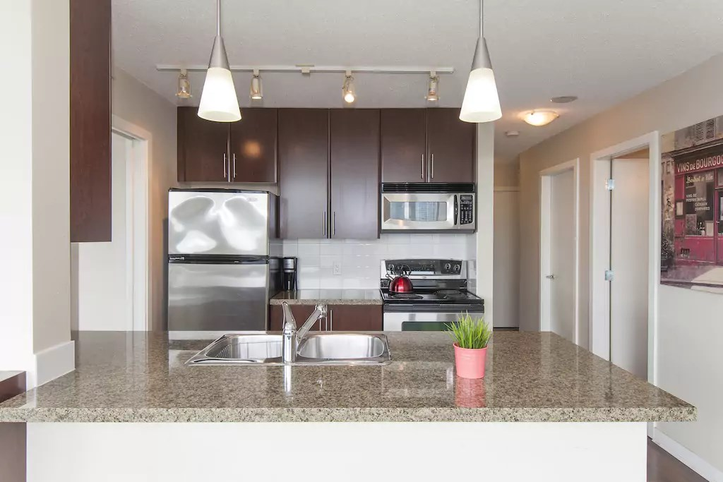 "Photo 7: 802 688 ABBOTT Street in Vancouver: Downtown VW Condo for sale in ""FIRENZE 2"" (Vancouver West)  : MLS(r) # R2179155"