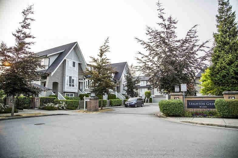 Main Photo: 68 9133 SILLS Avenue in Richmond: McLennan North Townhouse for sale : MLS®# R2180036