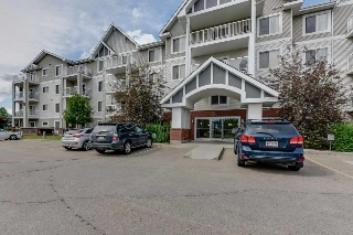Main Photo:  in Edmonton: Zone 27 Condo for sale : MLS(r) # E4070643