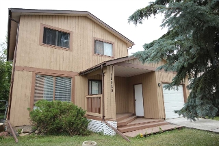 Main Photo: 18020 75 Avenue in Edmonton: Zone 20 House for sale : MLS(r) # E4073438