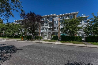 "Main Photo: 211 6198 ASH Street in Vancouver: Oakridge VW Condo for sale in ""THE GROVE"" (Vancouver West)  : MLS® # R2193582"