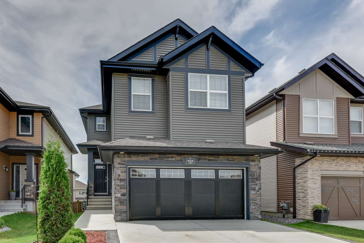 Main Photo: 908 GOSHAWK Point in Edmonton: Zone 59 House for sale : MLS® # E4076570