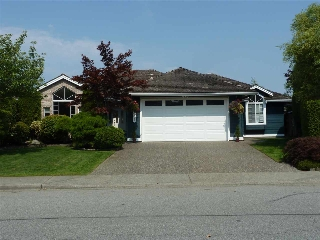 "Main Photo: 5385 COMMODORE Drive in Delta: Neilsen Grove House for sale in ""Marina Gardens"" (Ladner)  : MLS® # R2196951"