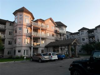 Main Photo: 120 2420 108 Street in Edmonton: Zone 16 Condo for sale : MLS® # E4084421