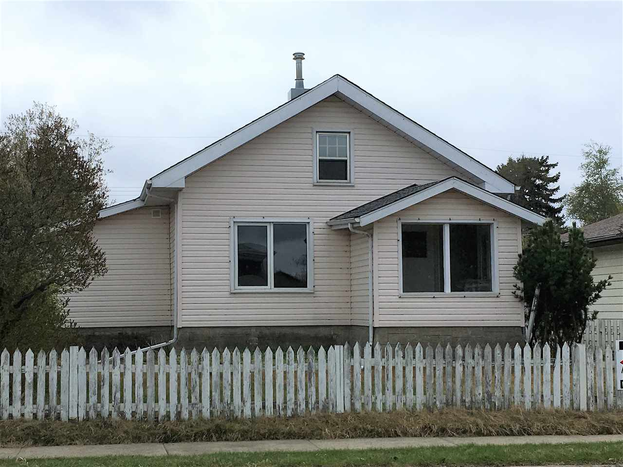 FEATURED LISTING: 9831 106 Street Westlock