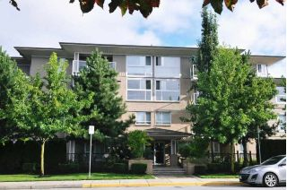 "Main Photo: 306 22255 122 Avenue in Maple Ridge: West Central Condo for sale in ""MAGNOLIA GATE"" : MLS®# R2303872"