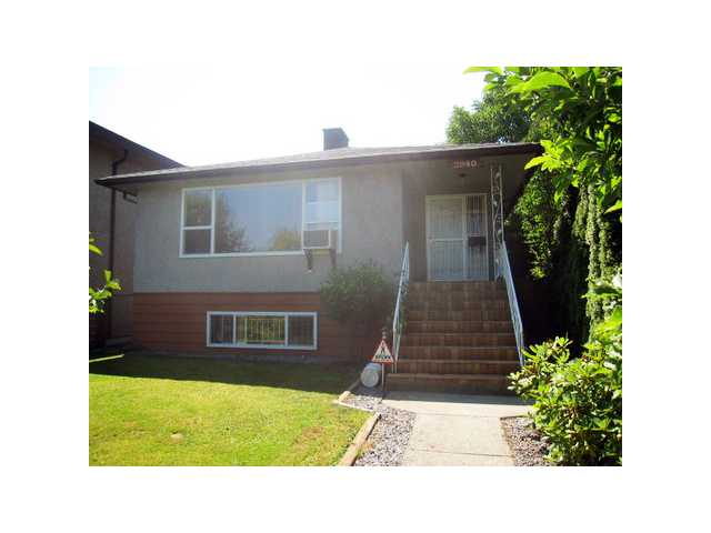 Main Photo: 2940 CHARLES Street in Vancouver: Renfrew VE House for sale (Vancouver East)  : MLS® # V978797