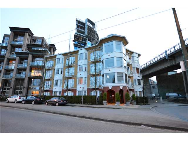 Photo 7: 302 1562 W 5TH Avenue in Vancouver: False Creek Condo for sale (Vancouver West)  : MLS(r) # V994390
