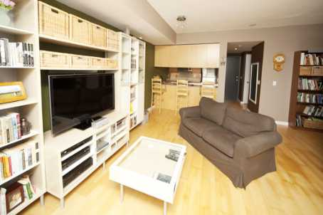 Photo 8: 281 Mutual St Unit #1804 in Toronto: Church-Yonge Corridor Condo for sale (Toronto C08)  : MLS(r) # C2722747