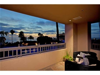 Main Photo: LA JOLLA Condo for sale : 3 bedrooms : 464 Prospect #103