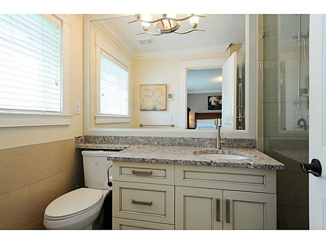 Photo 10: 869 RUNNYMEDE Avenue in Coquitlam: Coquitlam West House for sale : MLS(r) # V1064519