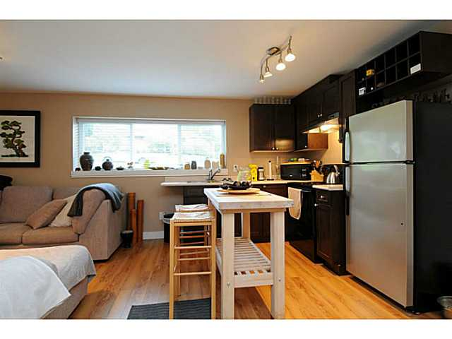 Photo 20: 869 RUNNYMEDE Avenue in Coquitlam: Coquitlam West House for sale : MLS(r) # V1064519
