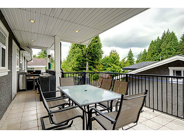 Photo 14: 869 RUNNYMEDE Avenue in Coquitlam: Coquitlam West House for sale : MLS(r) # V1064519