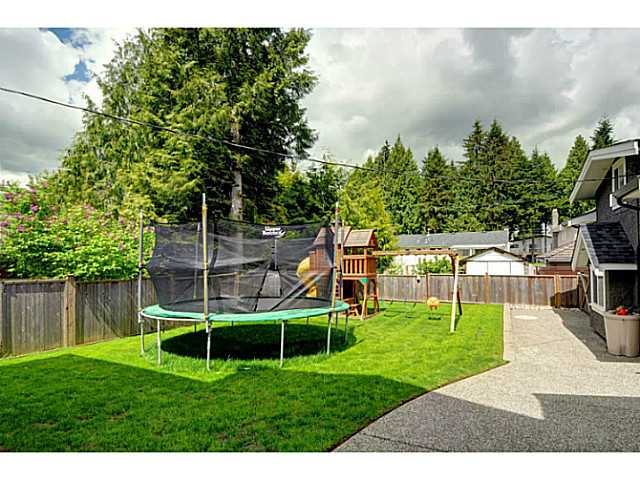 Photo 15: 869 RUNNYMEDE Avenue in Coquitlam: Coquitlam West House for sale : MLS(r) # V1064519