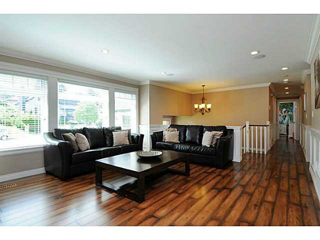 Photo 6: 869 RUNNYMEDE Avenue in Coquitlam: Coquitlam West House for sale : MLS(r) # V1064519
