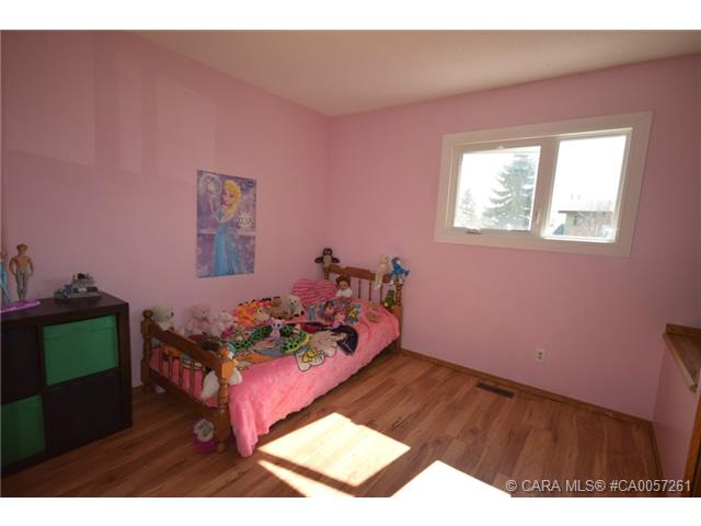 Photo 13: 4 Goard Close in Red Deer: RR Glendale Park Estates Residential for sale : MLS® # CA0057261
