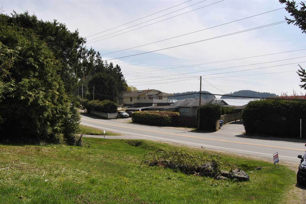 Main Photo: Lot 3 SUNSHINE COAST Highway in Sechelt: Sechelt District Home for sale (Sunshine Coast)  : MLS® # R2005349