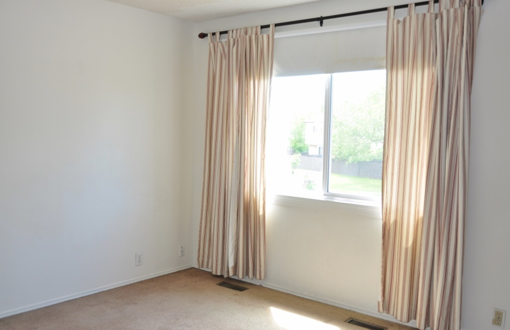 Photo 5: 48 1411 MILL WOODS Road E in Edmonton: Zone 29 Townhouse for sale : MLS(r) # E4067006