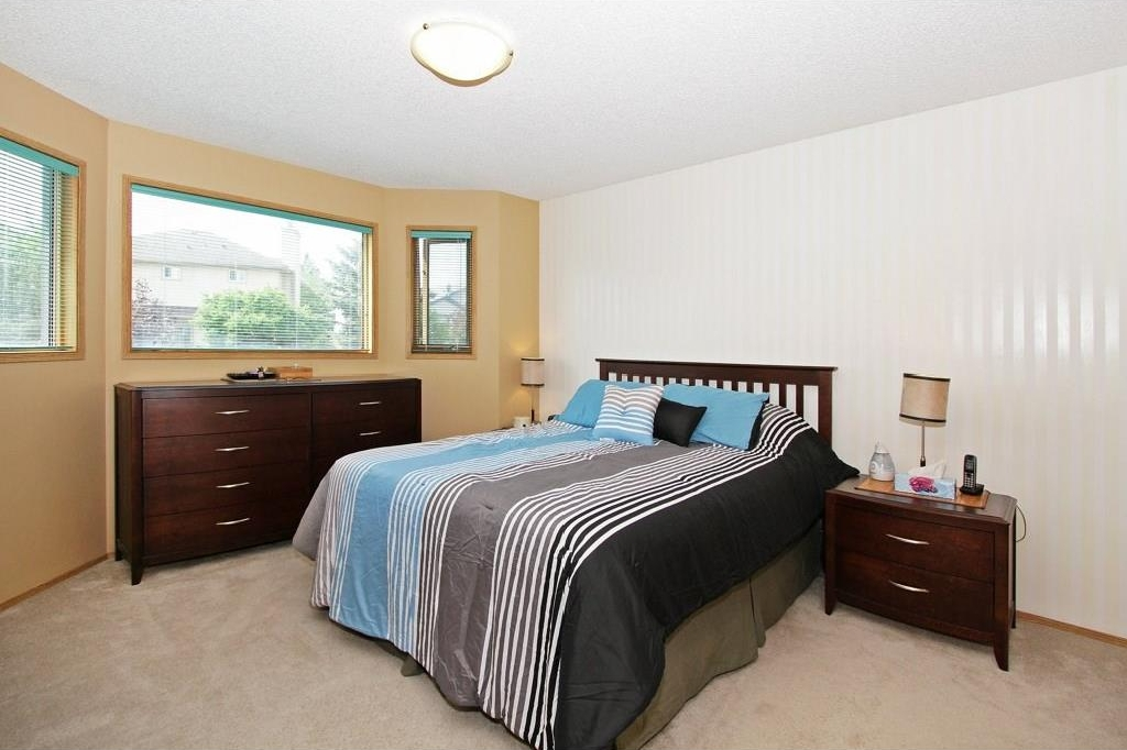 Photo 11: 85 SHAWBROOKE Circle SW in Calgary: Shawnessy House for sale : MLS(r) # C4119932