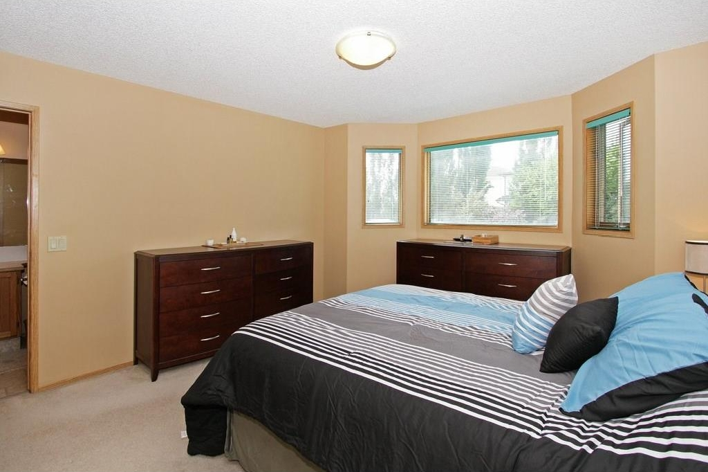 Photo 12: 85 SHAWBROOKE Circle SW in Calgary: Shawnessy House for sale : MLS(r) # C4119932