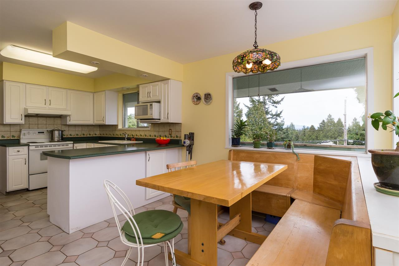 Photo 10: 1111 WALALEE Drive in Delta: English Bluff House for sale (Tsawwassen)  : MLS(r) # R2175175
