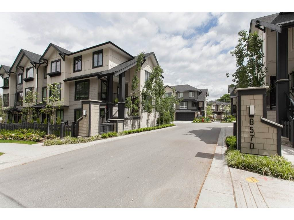 "Main Photo: 71 8570 204TH Street in Langley: Willoughby Heights Townhouse for sale in ""WOODLAND PARK"" : MLS® # R2176443"