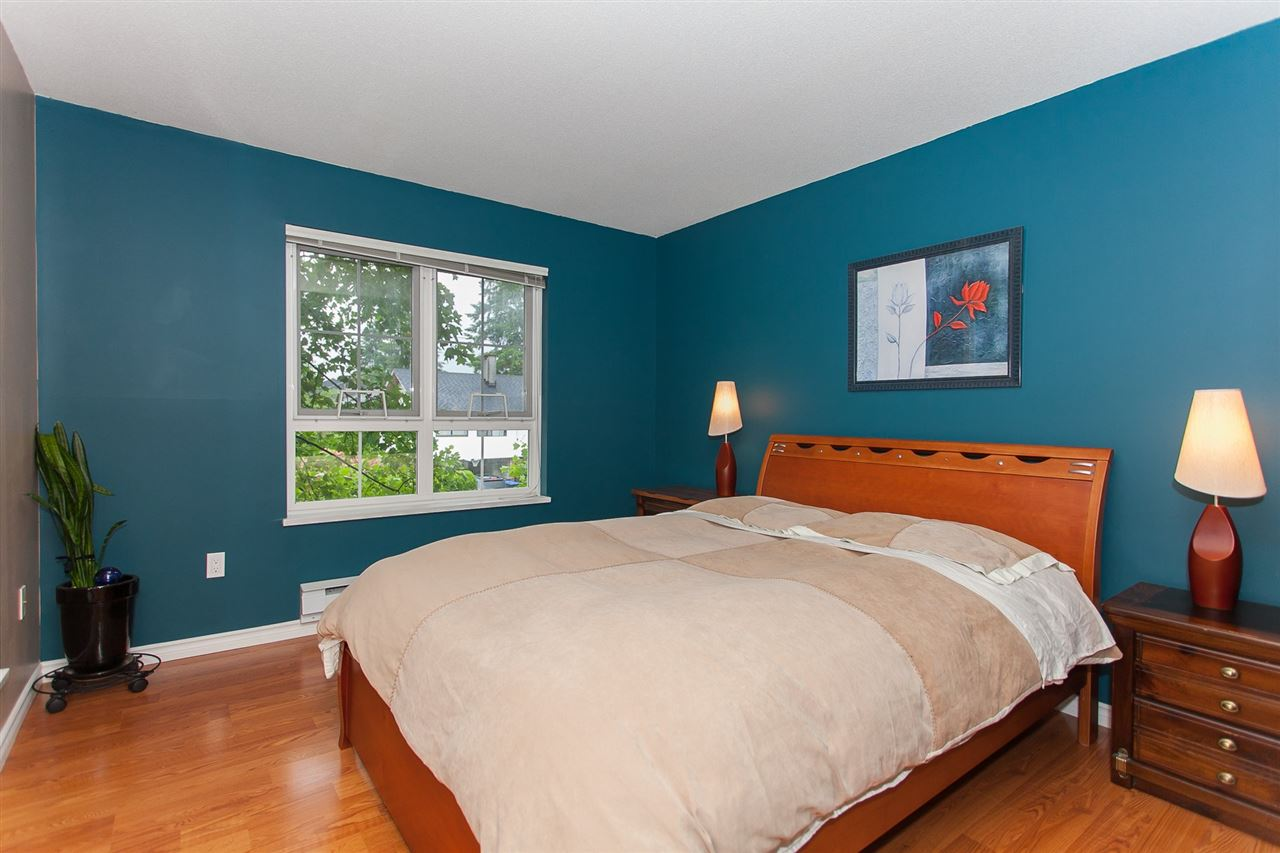 "Photo 11: 203 1669 GRANT Avenue in Port Coquitlam: Glenwood PQ Condo for sale in ""THE CHARLESTON"" : MLS(r) # R2177195"
