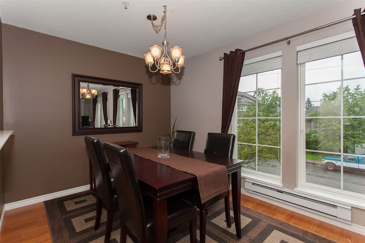 "Photo 9: 203 1669 GRANT Avenue in Port Coquitlam: Glenwood PQ Condo for sale in ""THE CHARLESTON"" : MLS(r) # R2177195"