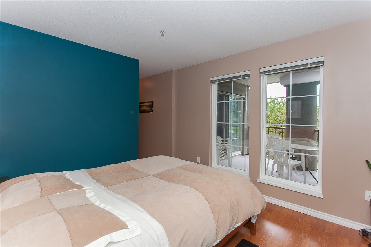"Photo 12: 203 1669 GRANT Avenue in Port Coquitlam: Glenwood PQ Condo for sale in ""THE CHARLESTON"" : MLS(r) # R2177195"
