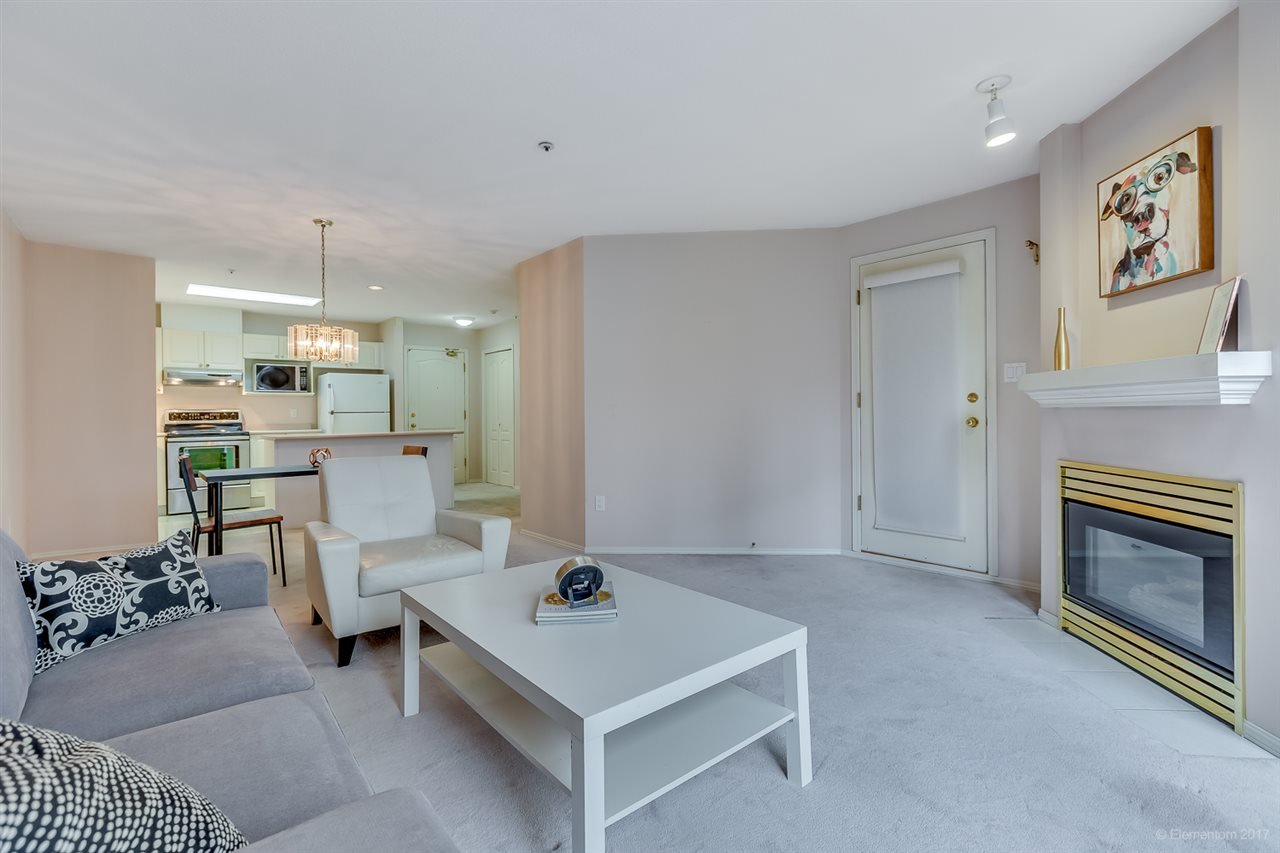 "Photo 4: 206 2968 BURLINGTON Drive in Coquitlam: North Coquitlam Condo for sale in ""The Burlington"" : MLS® # R2178002"