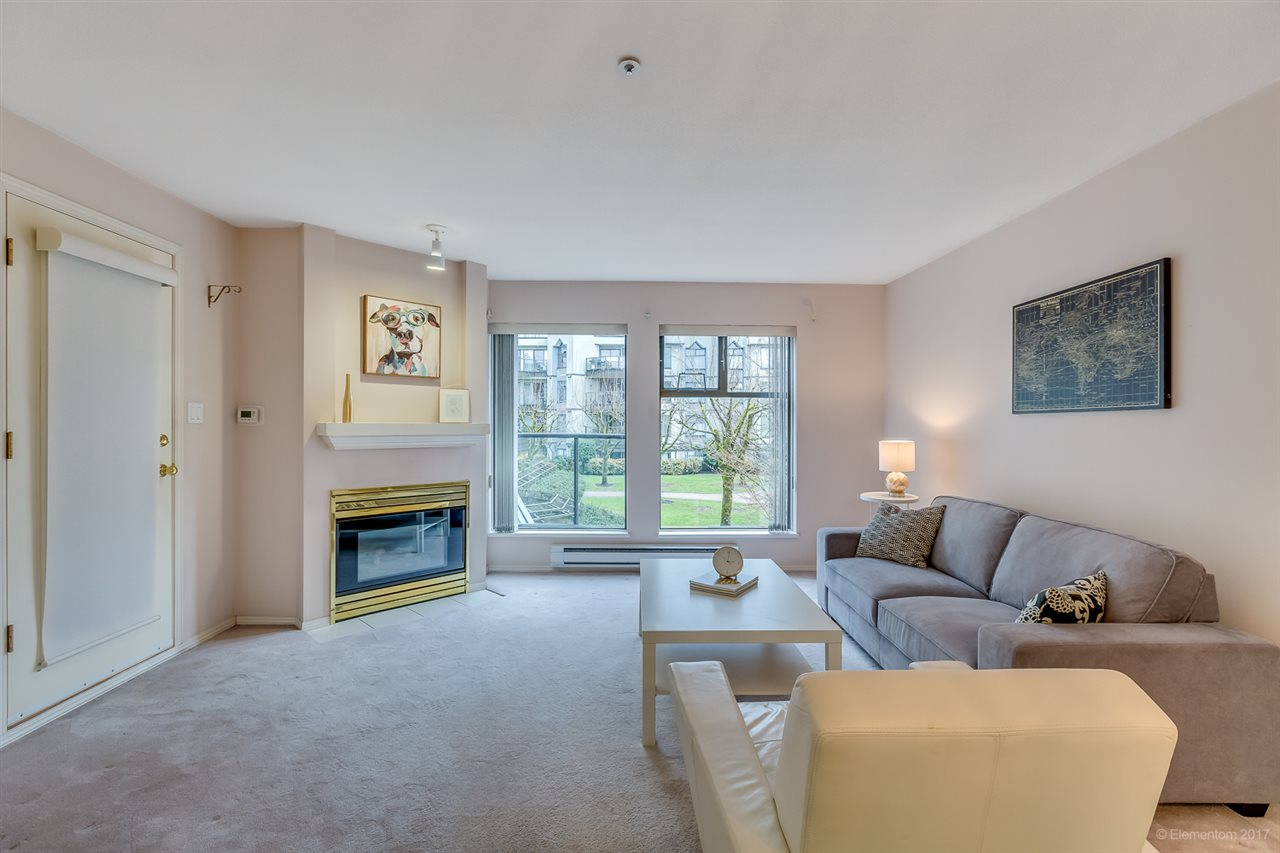 "Photo 2: 206 2968 BURLINGTON Drive in Coquitlam: North Coquitlam Condo for sale in ""The Burlington"" : MLS® # R2178002"