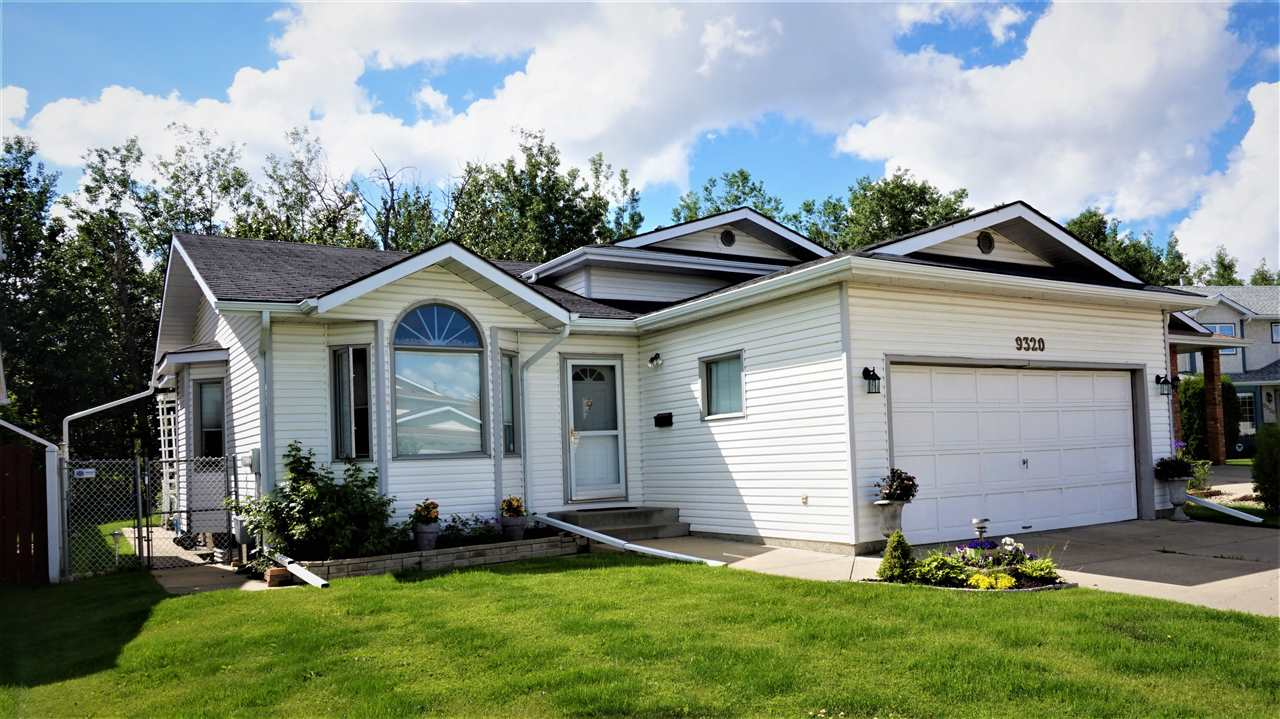 Main Photo: 9320 190A Street in Edmonton: Zone 20 House for sale : MLS(r) # E4069691
