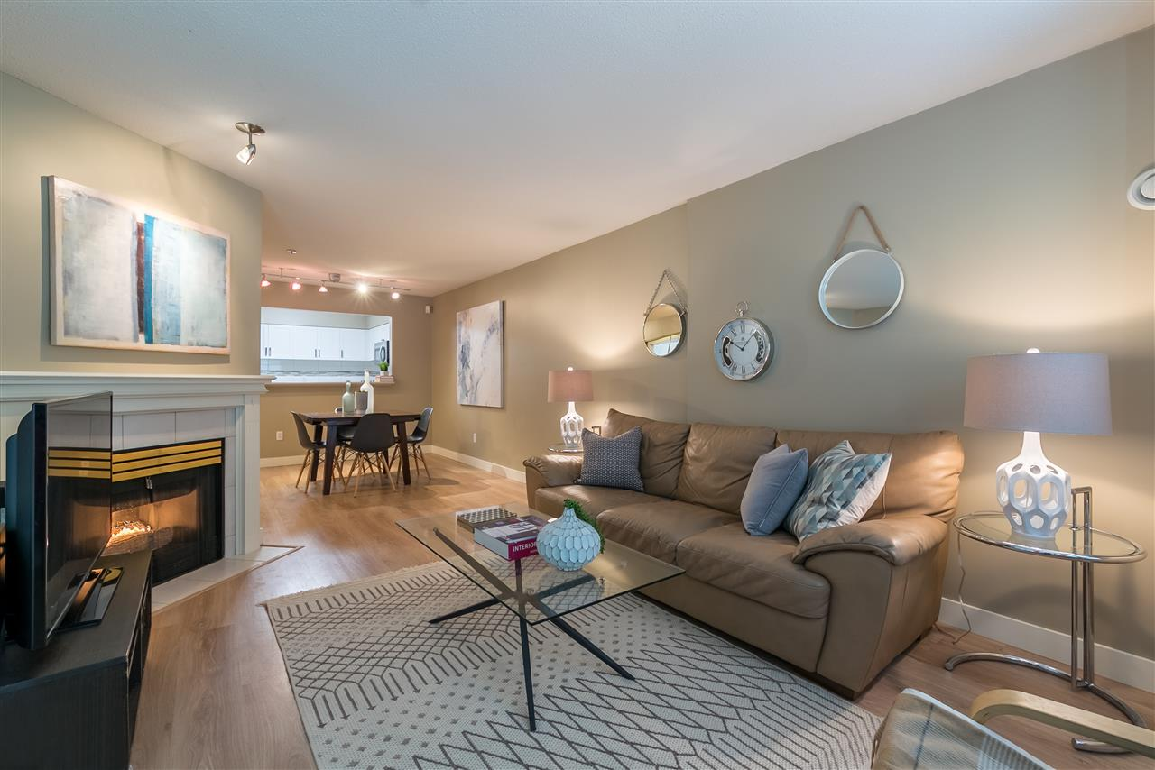 "Main Photo: 104 2288 W 12TH Avenue in Vancouver: Kitsilano Condo for sale in ""CONNAUGHT POINT"" (Vancouver West)  : MLS®# R2179186"