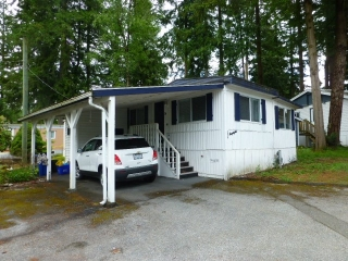"Main Photo: 25A 24339 FRASER Highway in Langley: Otter District Manufactured Home for sale in ""LANGLEY GROVE ESTATES"" : MLS(r) # R2178929"