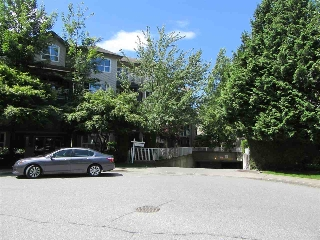 Main Photo: 302 8115 121A Street in Surrey: Queen Mary Park Surrey Condo for sale : MLS(r) # R2181096