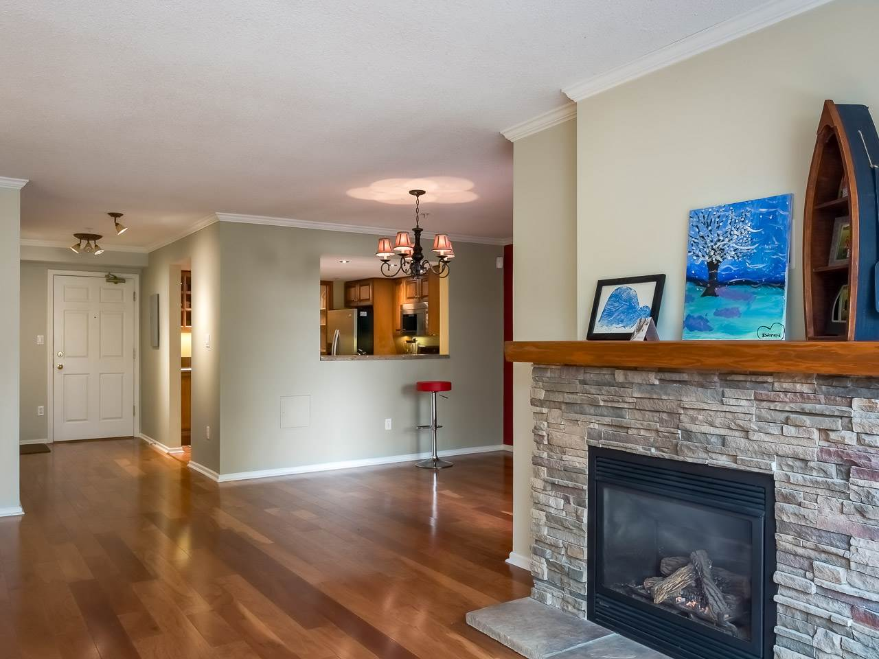 "Photo 4: 215 220 NEWPORT Drive in Port Moody: North Shore Pt Moody Condo for sale in ""THE ELGIN"" : MLS® # R2194605"