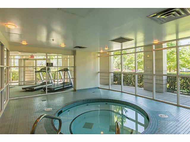 "Photo 17: 215 220 NEWPORT Drive in Port Moody: North Shore Pt Moody Condo for sale in ""THE ELGIN"" : MLS® # R2194605"