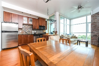 "Main Photo: 316 2515 ONTARIO Street in Vancouver: Mount Pleasant VW Condo for sale in ""ELEMENTS"" (Vancouver West)  : MLS® # R2197101"