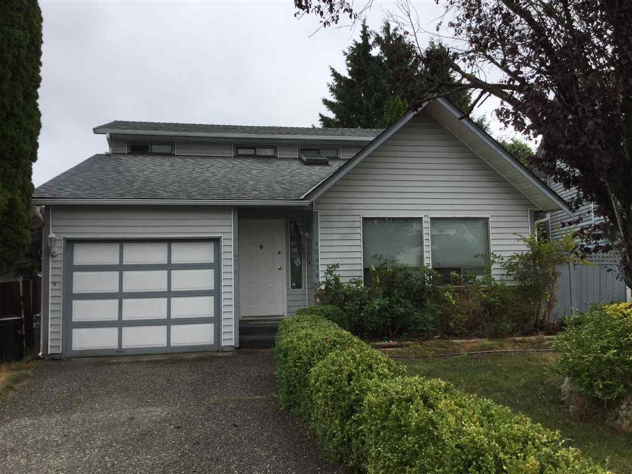 "Photo 2: Photos: 15474 90 Avenue in Surrey: Fleetwood Tynehead House for sale in ""Berkshire Park"" : MLS® # R2219362"
