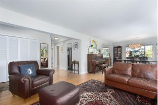 "Main Photo: 301 2825 SPRUCE Street in Vancouver: Fairview VW Condo for sale in ""FAIRVIEW"" (Vancouver West)  : MLS® # R2220000"