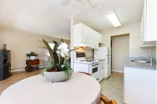 "Main Photo: 303 436 SEVENTH Street in New Westminster: Uptown NW Condo for sale in ""Regency Court"" : MLS®# R2263050"