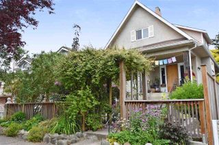 "Main Photo: 417 E 30TH Avenue in Vancouver: Fraser VE House for sale in ""Mountain View / Riley Park"" (Vancouver East)  : MLS®# R2279077"