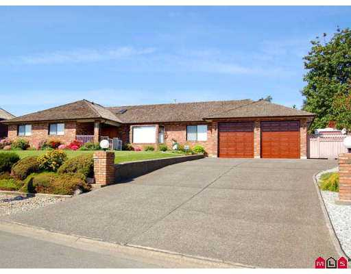 Main Photo: 9335 163A in Surrey: Fleetwood Tynehead House for sale : MLS® # F2713506
